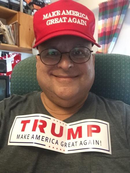 2015-08-24 me-trump hat